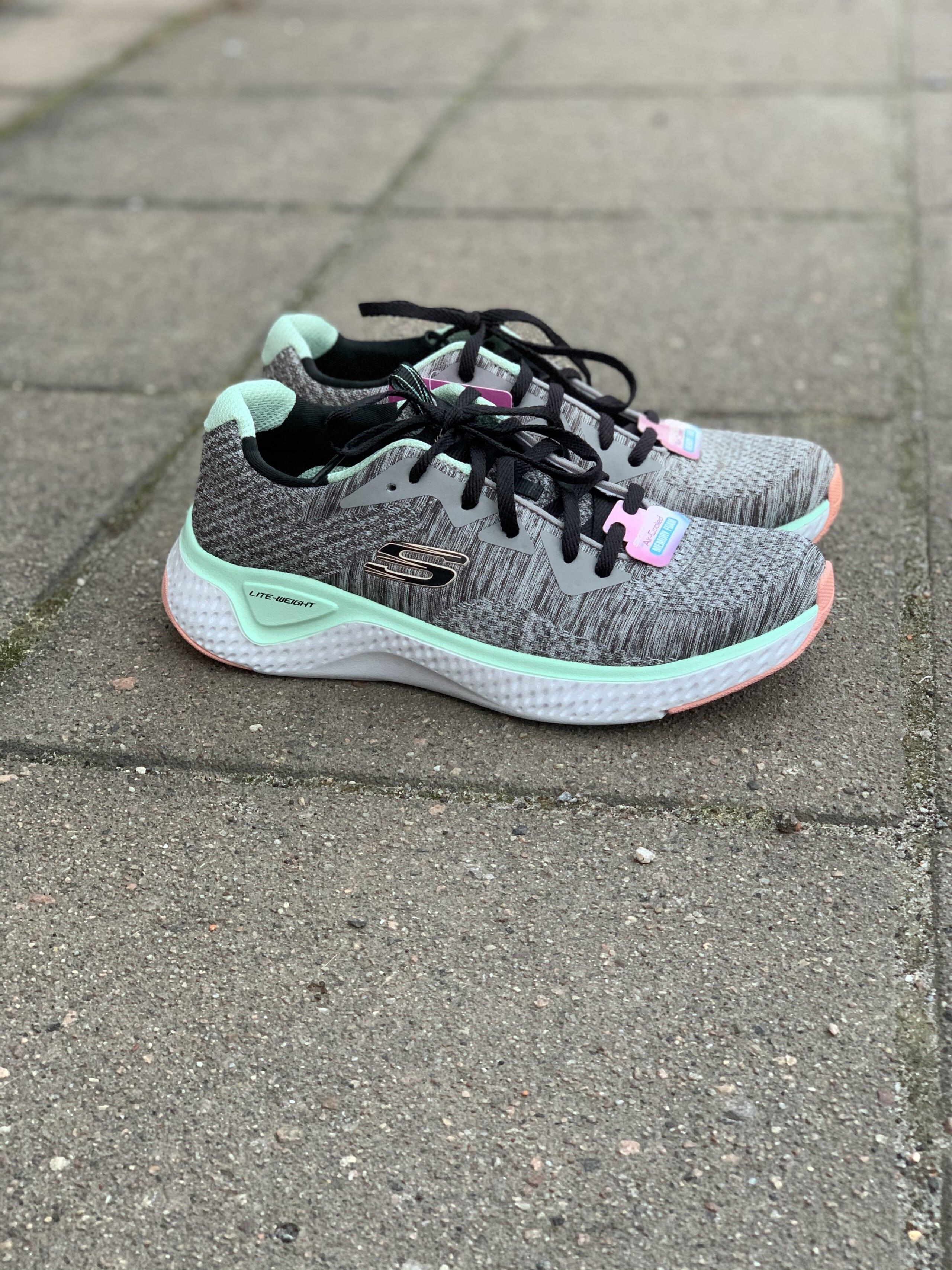 Skechers Sneakers Womens Solar Fuse Brisk Escape Gerd
